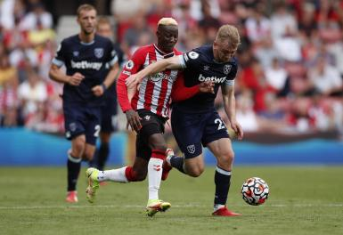 Premier League - Southampton v West Ham United