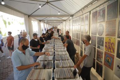 Record fair at Ses Voltes in Palma.
