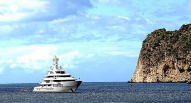 Megayacht 'Infinity, Paguera, Mallorca.