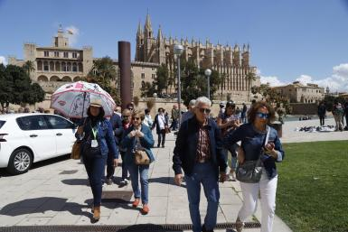 Tourists in Palma during the winter season.