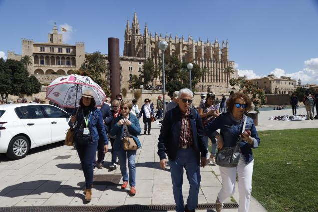 Tourists in Palma during the winter season