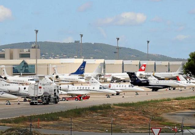 Private planes at Palma Airport.