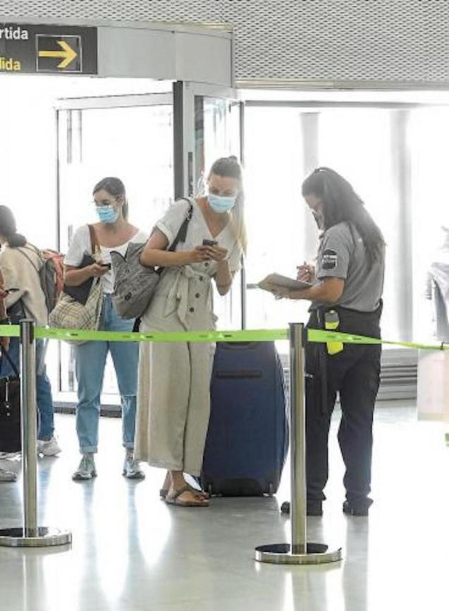 Covid Certificates being checked at the airport.