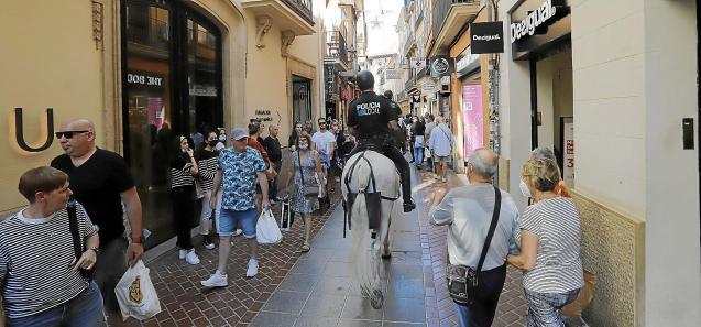 Tourism returning to Palma, Mallorca