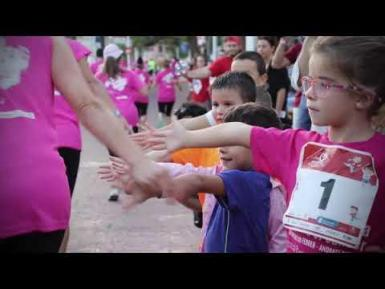 Join the spectacular 4,3 km women´s run right in the centre of the boulevard of Paguera!