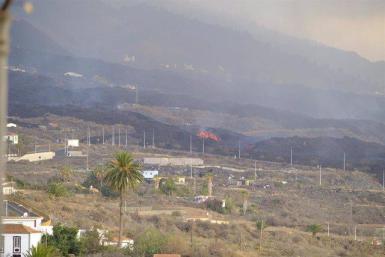 Volcanic activity continues in La Palma.