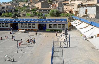 Solar panels installed at the school in Santa Eugenia.