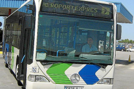 Port and airport bus to run 24/7