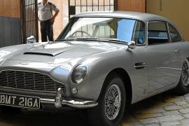 A James Bond treat for Bulletin readers
