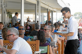 Balearics leads fall in unemployment