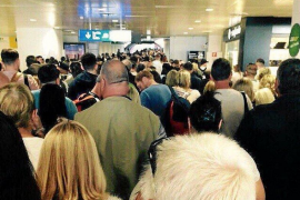 Urgent action being taken to resolve passport chaos