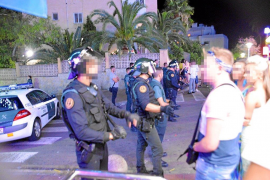 Guardia Civil drugs swoop in Magalluf's Punta Ballena