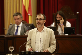 Parliament ratifies holiday rentals decree