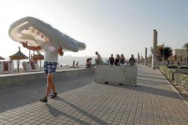 Anti-terrorist barriers installed in Playa de Palma