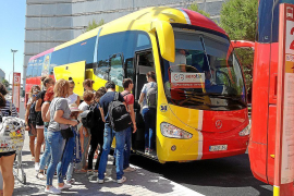 Promotion of resort bus services at this winter's travel fairs