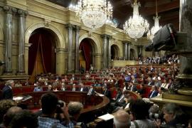 Catalonia parliament declares independence, Rajoy dismisses Puigdemont