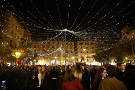 Tourist money and Christmas lights: the week in Majorca