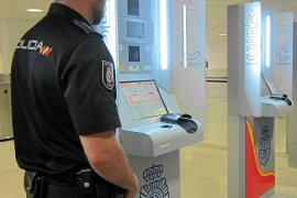 Aena investing in automated passport control system