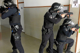 Anti-terrorism training for Manacor police