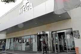 Megasport to reopen once it complies with town hall licences