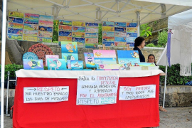 Palma artisans protest against illegal sellers