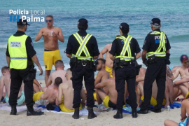Police action against Playa de Palma drinking