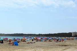 Cala Millor still waiting for beach sunloungers