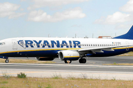 Ryanair cabin crew to strike in late July, Balearics will be hit