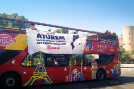 Town hall condemns latest Arran tourism protest
