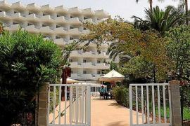 Two more Britons fall from balconies