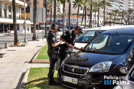 Palma police fining hire-car companies for illegal parking