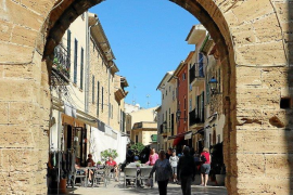 Alcudia pedestrianised areas with anti-terrorism measures
