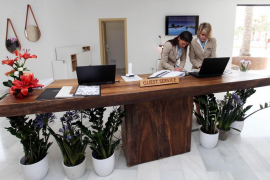 """Record high in the number of """"fijo discontinuo"""" employees"""