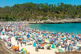 "Mondrago beaches suffering from excessive ""human pressure"""