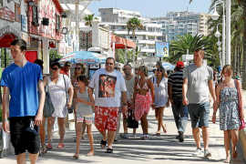 Balearic August tourism fell by two per cent