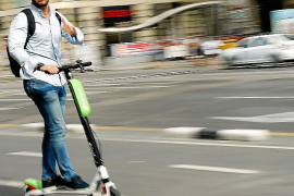 Speed limits for electric scooters to be introduced