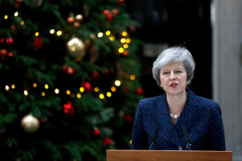 May says a new leader would have to extend or rescind Brexit notice