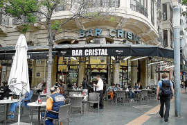 Traditional bars threatened by rising costs