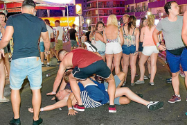 """""""Summit"""" to discuss drunken tourism"""