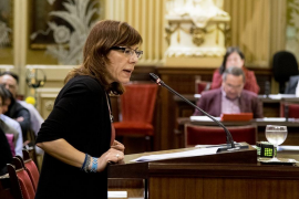 Armengol rejects Podemos tourism policy complaints