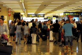 UK airport passengers increased ten per cent in April