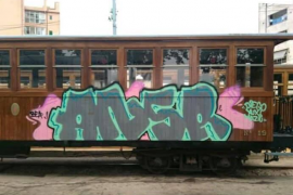 Soller train graffiti condemned