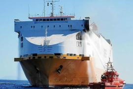 Arrests over Grande Europa cargo ship fire
