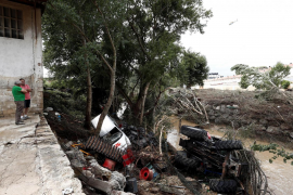 Spanish man dies after being swept away by floods