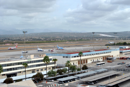 Sharp drop in air traffic and passengers at Son San Joan airport