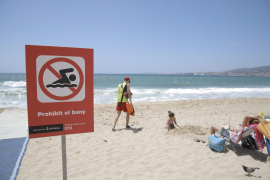 Palma beach reopens after sewage spill