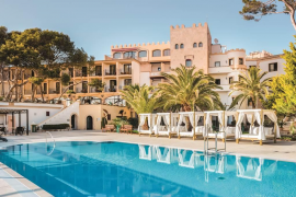 Apple takes a bite of Majorca tourist industry
