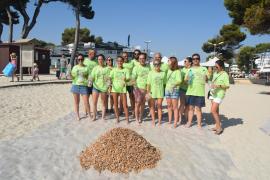 Playa de Muro campaign for removing cigarette ends