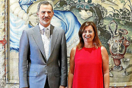 King Felipe agrees that a political solution is needed before elections