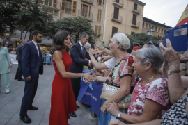 Rival demonstrations at King's reception for Balearic society